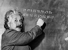 愛因斯坦正在教一個違法的數字